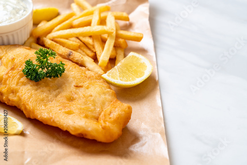 Fototapeta fish and chips with french fries obraz