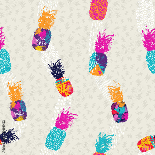 Foto  Pineapple pattern background in color art style
