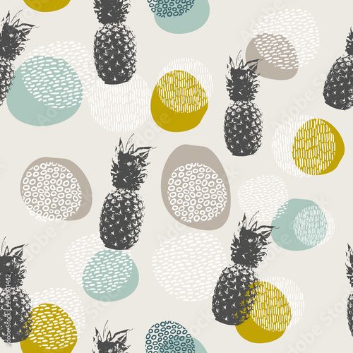 Fotografia  Summer pineapple background with boho decoration