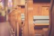 canvas print picture - Kirchenbänke eine Kirche, Liederbücher
