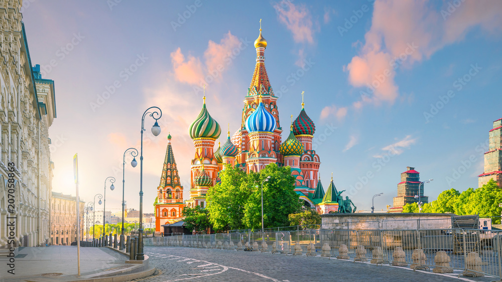 Fototapety, obrazy: St. Basil's Cathedral at Red Square in Moscow