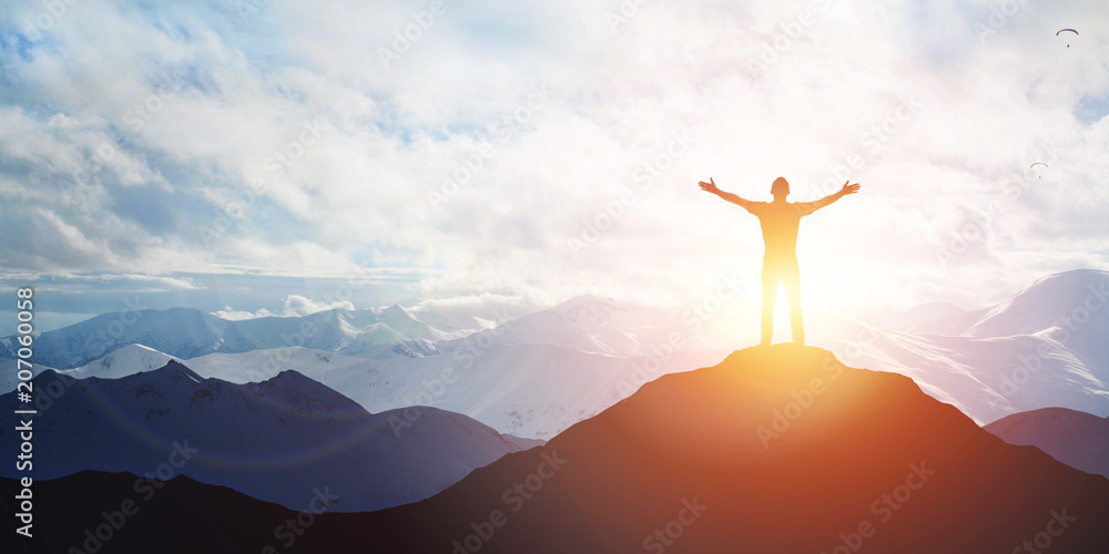 Fototapety, obrazy: Male silhouette on sunrise background