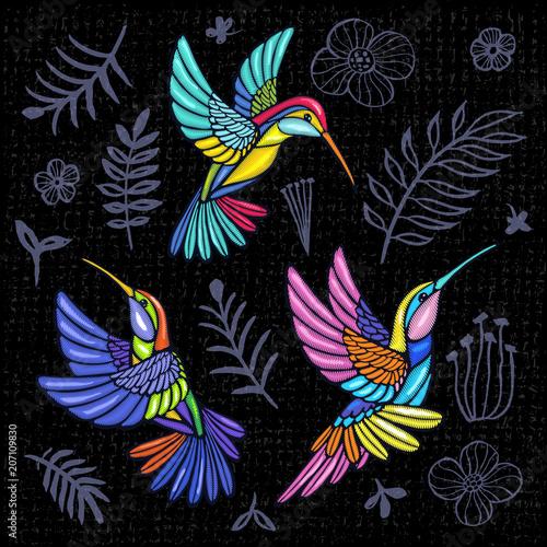 Fotografia Embroidery Hummingbird, palm tree leaves, flowers tropical art patch