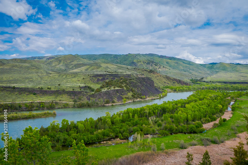 Fototapety, obrazy: Beautiful landscape of the Snake River meandering through the desert of Idaho. The Snake River provides world class fishing, hunting, and recreation