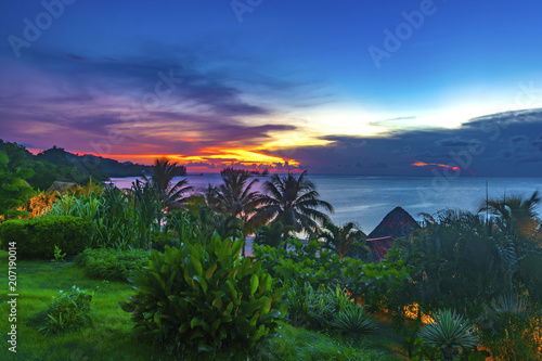 Sunset in Roatan Honduras 3
