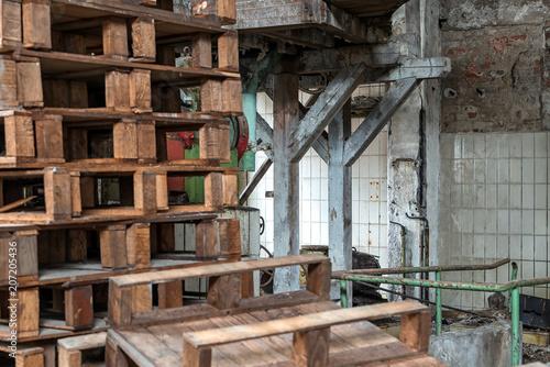 Staande foto Industrial geb. old industrial hall