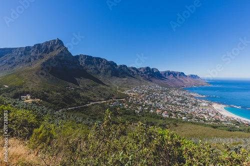 Staande foto Afrika View of Table Mountain in Cape Town on a clear day