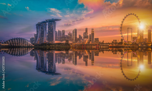 Ingelijste posters Centraal Europa Panorama image of Singapore Skyline and view of skyscrapers on Marina Bay view from the garden by the bay at sunset.