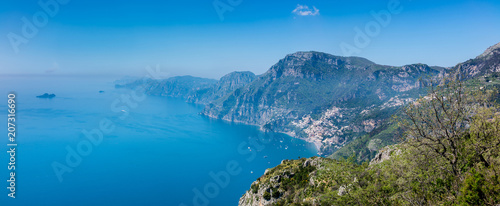 Aluminium Prints Sea Panoramic view of Positano town and Amalfi coast from hiking trail