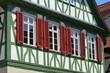 Neu renovierte Fassade eines historischen Fachwerkhauses