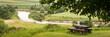 Panorama mit Rastplatz für Wanderer und Sicht auf die Donau
