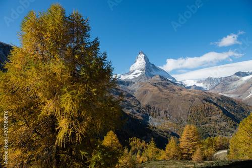 Foto op Aluminium Grijze traf. Matterhorn