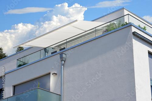 Moderne Markise moderne verglaste balkone mit elektrischer markise, edelstahl