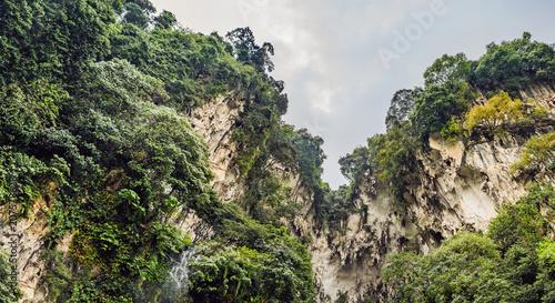 Photo View in the Batu Caves, near Kuala Lumpur, Malaysia