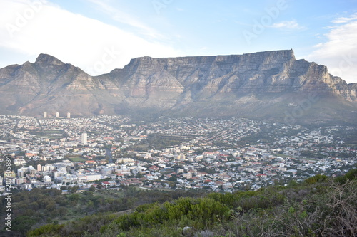 Keuken foto achterwand Grijs Beautiful Landscape with the big Table Mountain photographed from the Signal Hill in Cape Town, South Africa