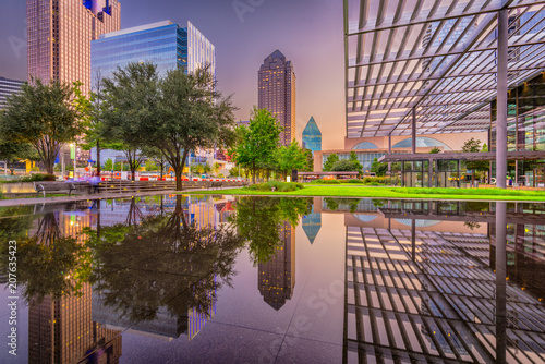 Vászonkép Dallas, Texas Cityscape and Plaza