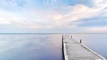 Die Ostsee| Küste Mit Steg In...