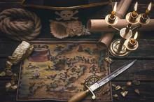Pirate Treasure Map, Gold Nugg...