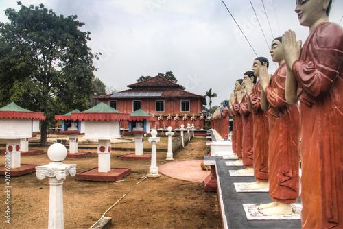 Obraz na plátně Buddhist temple in Sigiriya, Sri Lanka.