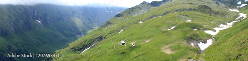 Foto op Plexiglas Pistache Mountain Landscape in The Alps