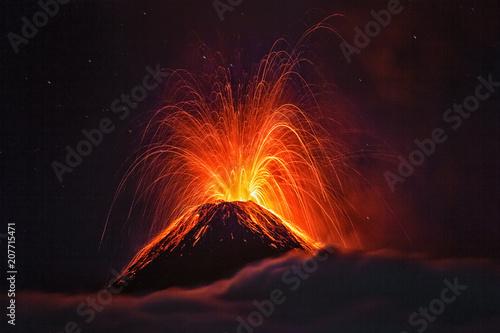 Valokuvatapetti El Volcán de Fuego, Guatemala, 21.04.2018
