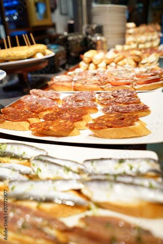 Foto op Plexiglas Buffet, Bar Spanish tapas