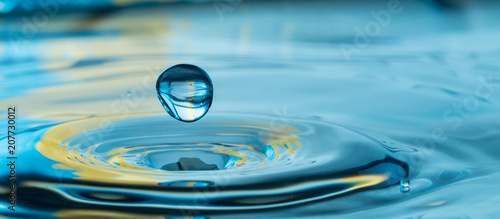 Fototapeta water drop splash