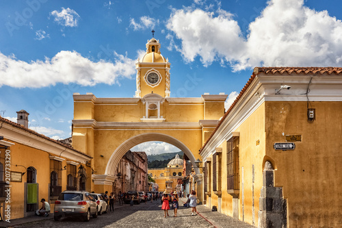 Photo Antigua Guatemala, Arco de Santa Catalina y La Merced