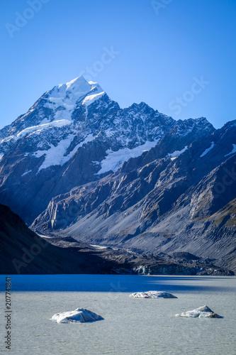 Poster Oceanië Hooker lake in Aoraki Mount Cook, New Zealand
