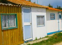 Cabanes De Pêcheur ,sur Le Li...