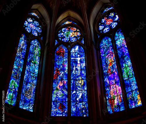 Photo Chagall-Fenster in der Kathedrale von Reims