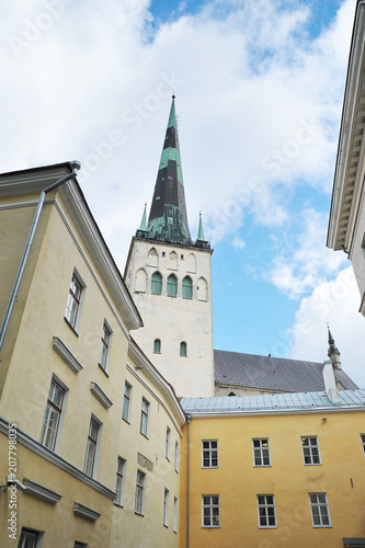 Photo  view of the Cathedral of the Holy Olaf in Tallinn in the Old Town