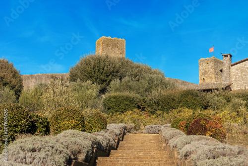 Keuken foto achterwand Historisch geb. Detail of fortified medieval village of Monteriggioni. Siena, Tuscany, Italy