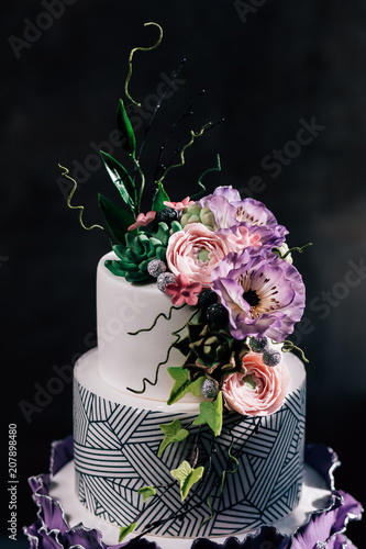 Purple Happy Birthday Cake With Beautiful Flowers Dozen Of Violet Cakes Gold And Fruits Exquisite DessertsTasty White Tired Decorated