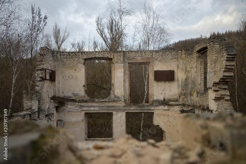 Poster Oude verlaten gebouwen Abandoned Factory, Prague, Czech Republic.