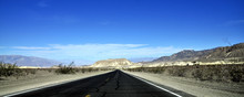 Death Valley Drive / A Drive T...