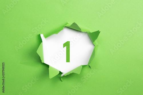 Fotografía  gruene Nummer 1 auf gruenem Papier