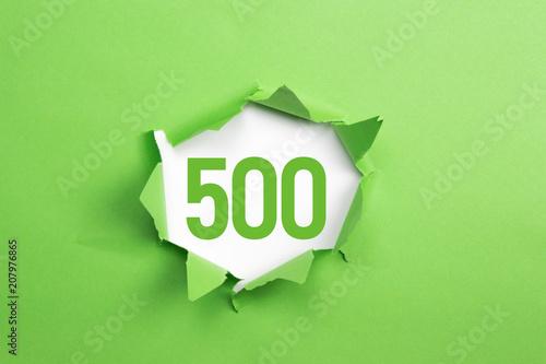 Photo  gruene Nummer 500 auf gruenem Papier