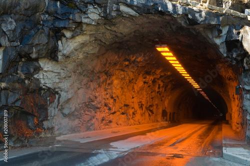 In de dag Tunnel Tunnel