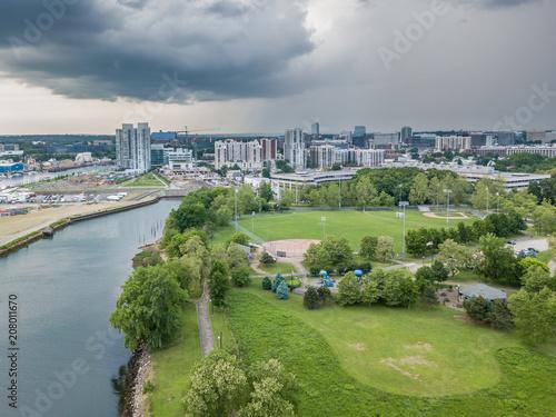 In de dag Poort Aerial waterfront city panorama