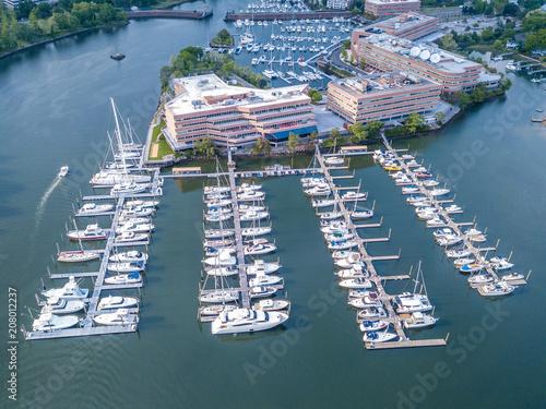 In de dag Poort Aerial view of marina