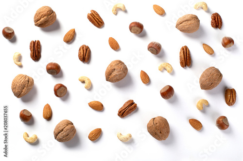 Pattern of nuts mix