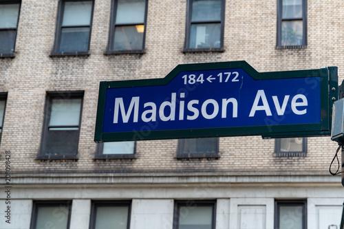 Fényképezés madison avenue street sign nyc