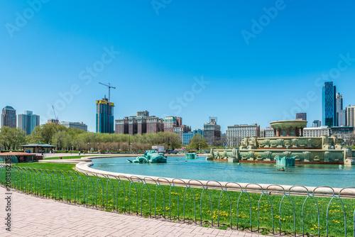 Fotobehang Amerikaanse Plekken Buckingham fountain in Grant Park, Chicago, USA