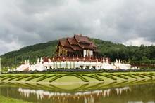 Pabellón Real En Chiang Mai, Tailandia