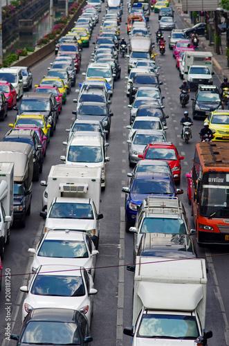 悪名高いバンコクの交通渋滞