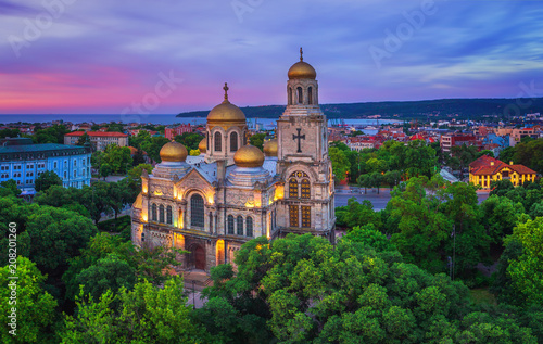 Keuken foto achterwand Monument The Cathedral of the Assumption in Varna, Aerial view