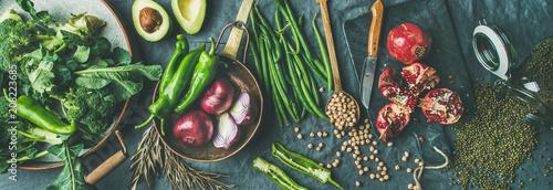Fotografía  Winter vegetarian, vegan food cooking ingredients