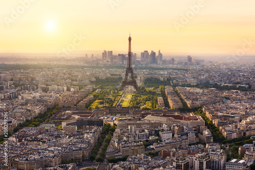Keuken foto achterwand Centraal Europa Paris skyline with Eiffel Tower, France