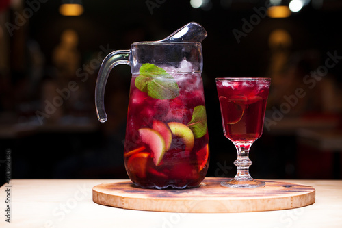 Fotomural Homemade red wine sangria with orange